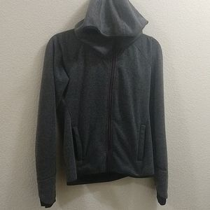 bench  jacket medium
